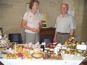 westbury-leigh-village-association-open-day-honey-stall